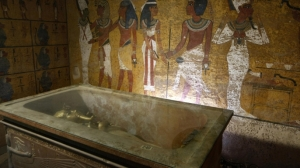 interior-tut-tomb